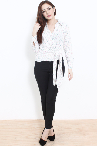 Charlotte Wrap Top in White