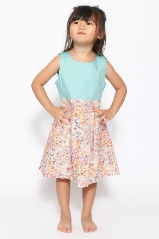 Tomei Paisley (Little Charm Girl)