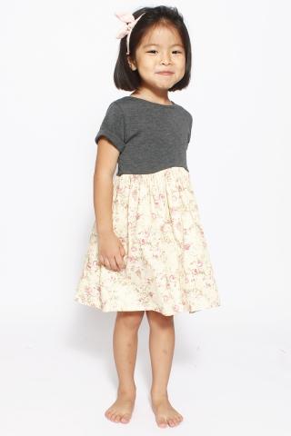 Delicate Nancy (Little Charm Girl)