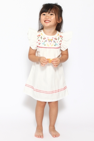 [EW] Opia in White  (Little Charm Girl)