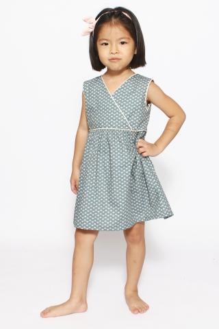 Allure in Lovely Hearts (Little Charm Girl)