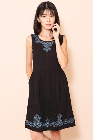 [EW] Faye In Black