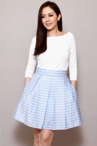 Cynthia in Menthol Skirt  (Last piece in XL)