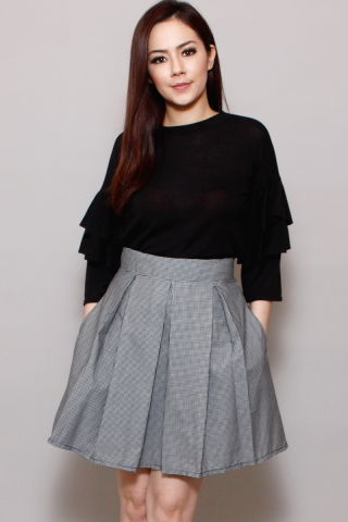 Cynthia in Smoky Skirt