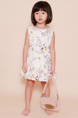 Verity in Snow Floral (Little Girl Charm)