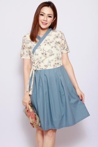 Dorothea Hanbok in Enchanted Sky (Tall)
