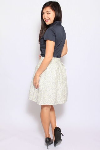 Valance Skirt in Snow Floral