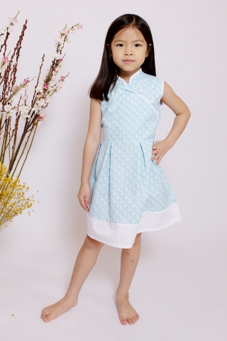 Orabelle Orient in Baby Sparrow  (Little Girl)