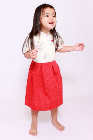 Anita in Vintage Red (Little Girl)