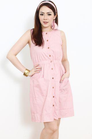 Alverina in Pink
