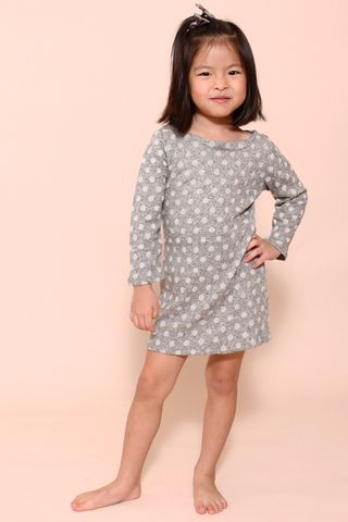 Klass Cosy in Snow  (Little Girl Charm)
