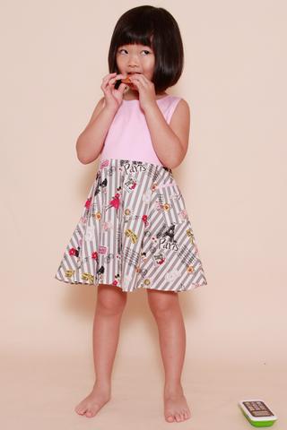 Lorena Paris (Little Girl Charm)