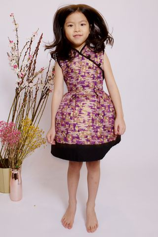 Lebaya Shimmer Dress in Purple (Little Girl)