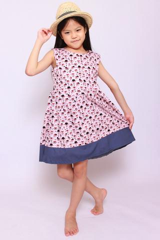 Brooke in Smarty Fox (Little Girl)
