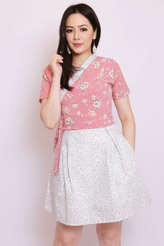 So-Yi Hanbok in Rose