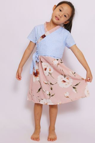 So-Yi Hanbok in Sweet Carnation (Little Girl)