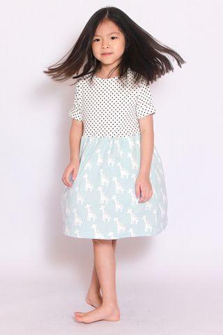 I See a Giraffe Dress (Little Girl)