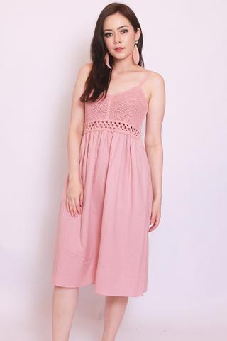 Vignette Crochet Dress in Blush