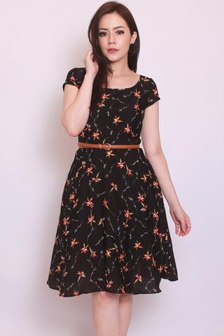 Livolsi Dress in Fall (Tall) - Easycare