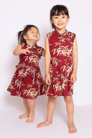 Showstopper Dress in Wine (Girls)