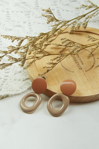 Nut Brown Earrings (Small)