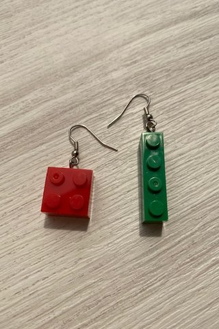Bricks Earring
